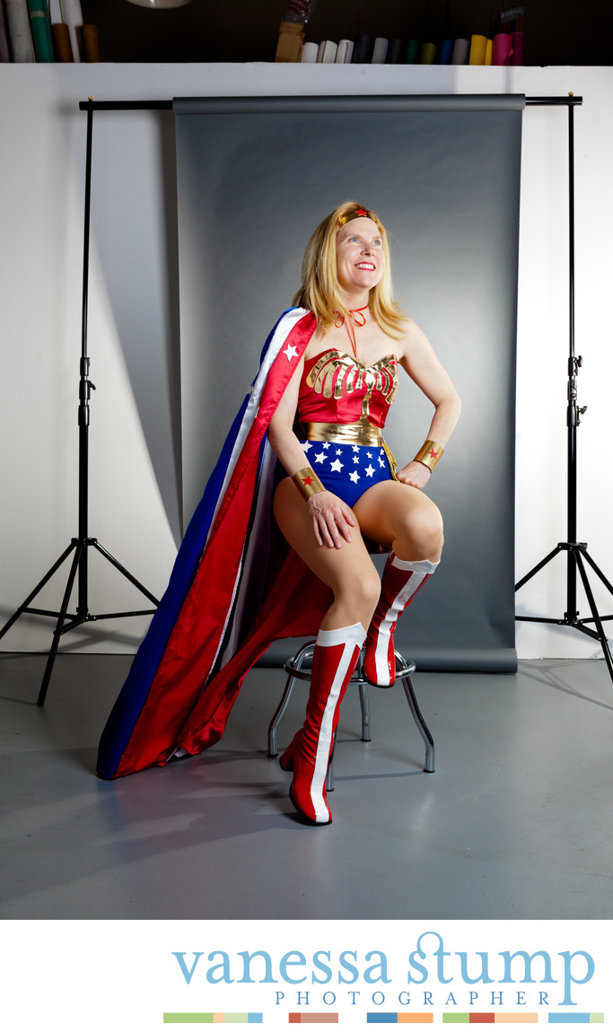 Portrait of painter Kelly Reemtsen aka wonderwoman