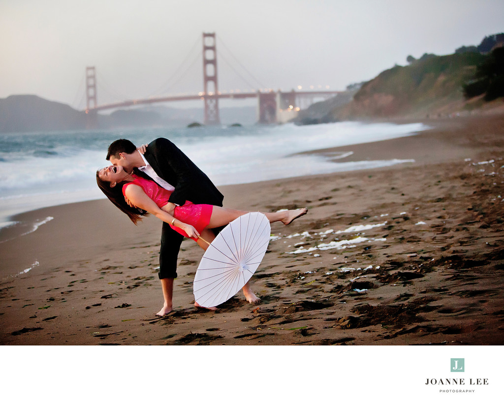 Baker Beach engagement session photos
