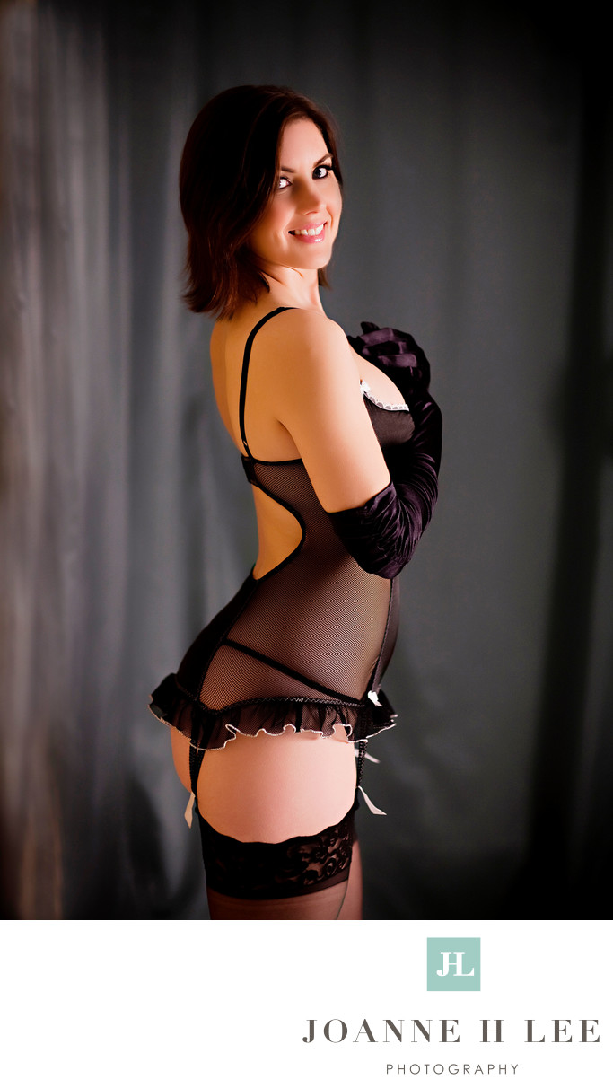San Jose boudoir black lingerie photo