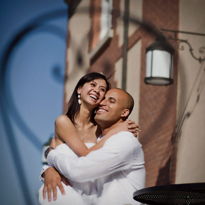 Affectionate e-session portrait