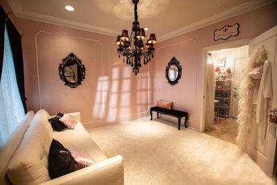 pink room at The French Boudoir