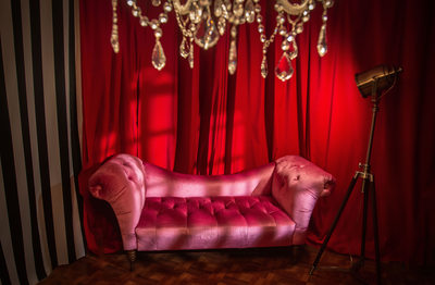 pink chaise boudoir photography