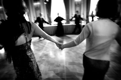 San Francisco Wedding Guests dance