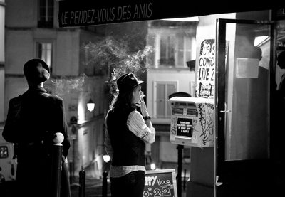 smoker in Montmarte France