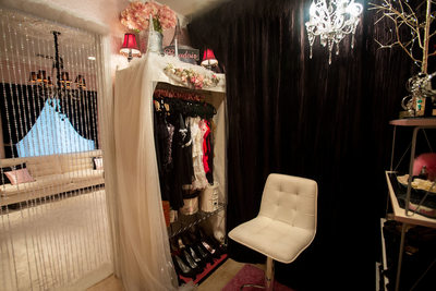Dressing room at The French Boudoir® studio
