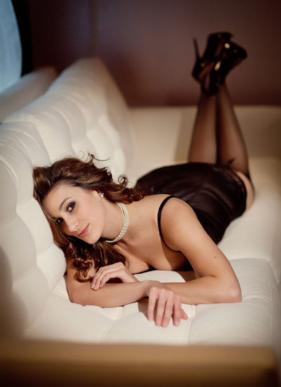 Silicon Valley classy boudoir photo4