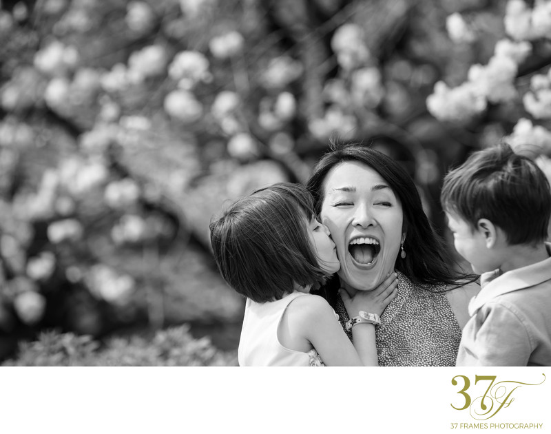 Modern family photography in Queensland