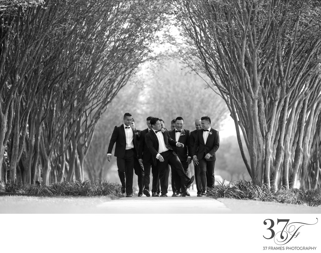 Groomsmen Photos are the Best