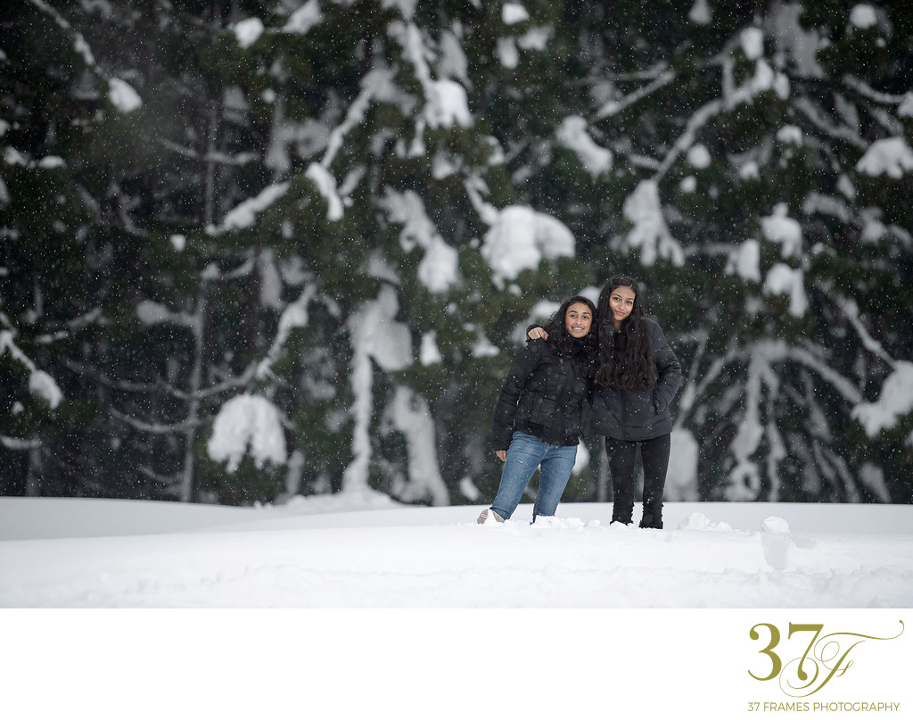 Yuzuwa Twin Tips | Family Photography in the Snow