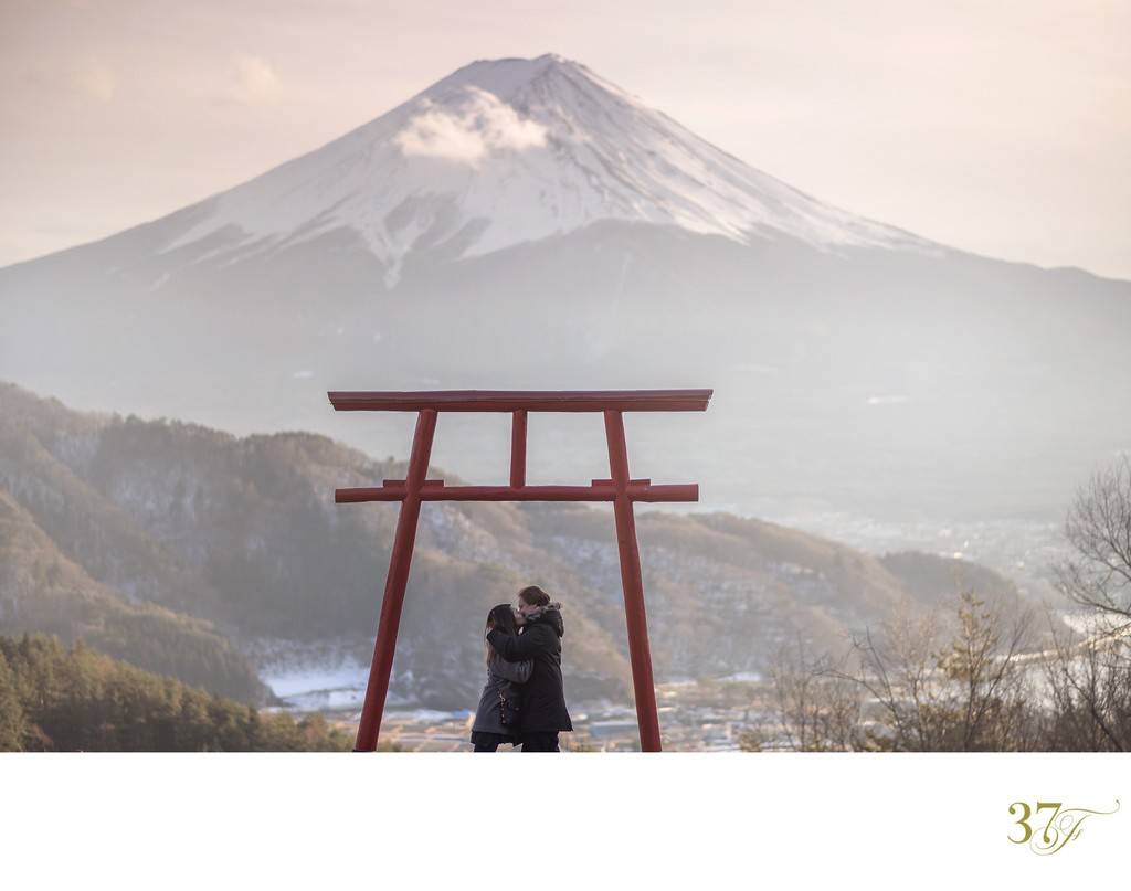 Tenku-no Torii (Torii gate in the sky) at Mt Fuji