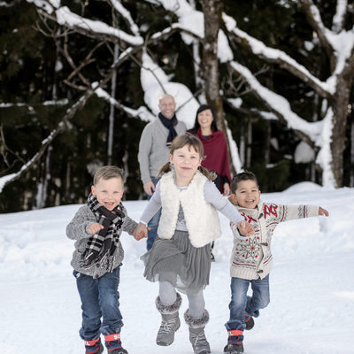 Family Vacation Photographer | Snow in Japan