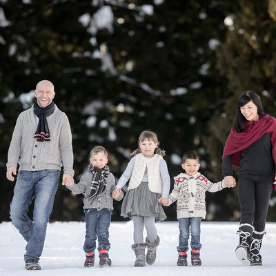 Family Portrait Photographer | Japan Winter Snow