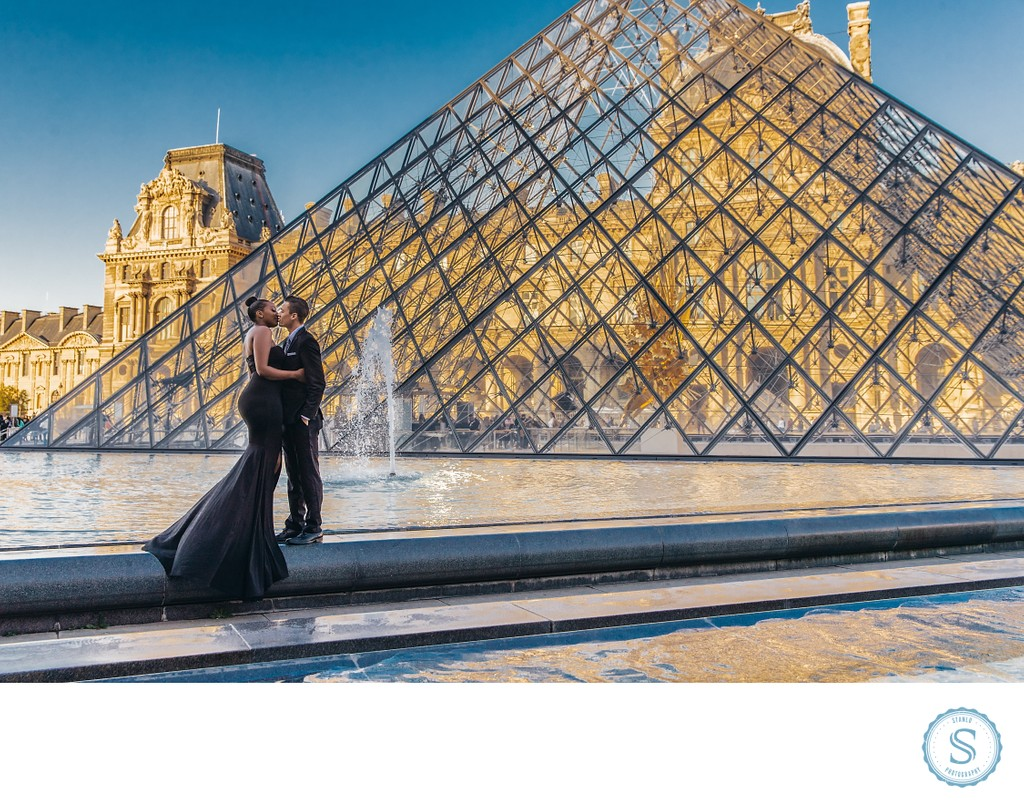 Louvre Paris Engagement