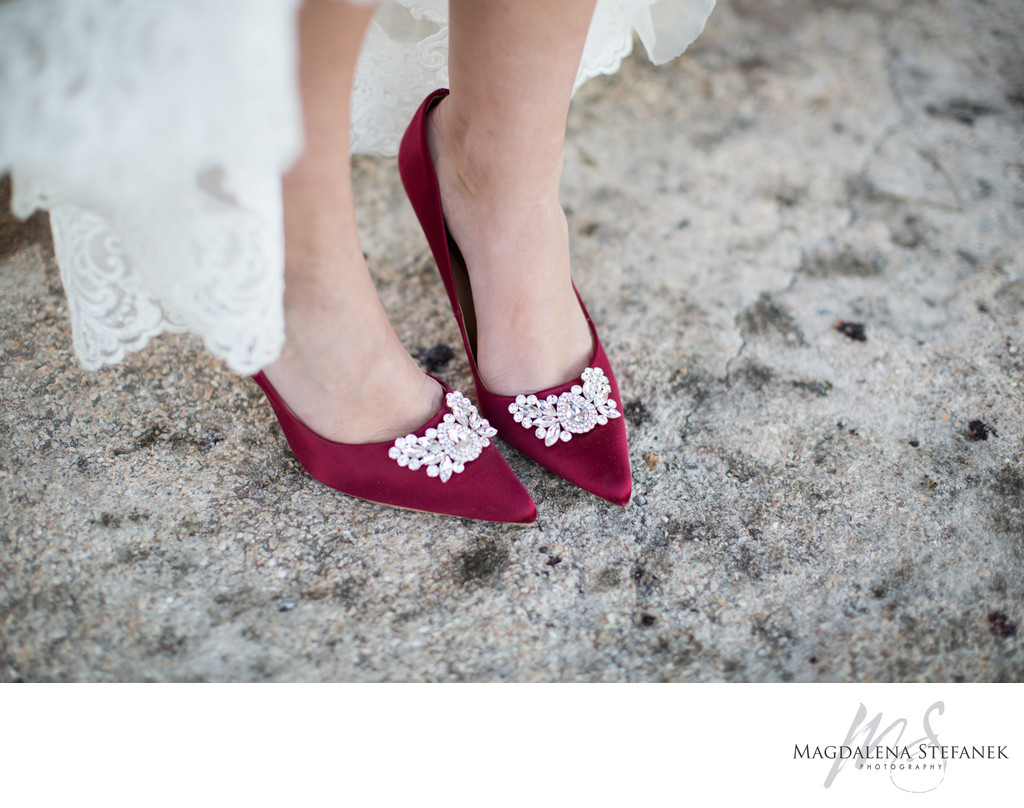 red badgley mischka bridal shoes