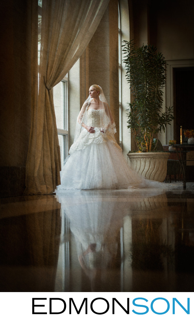 Dallas Bride Has Portrait Made At Rosewood Crescent