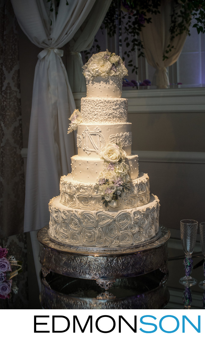 Dallas Affaires Wedding Cakes