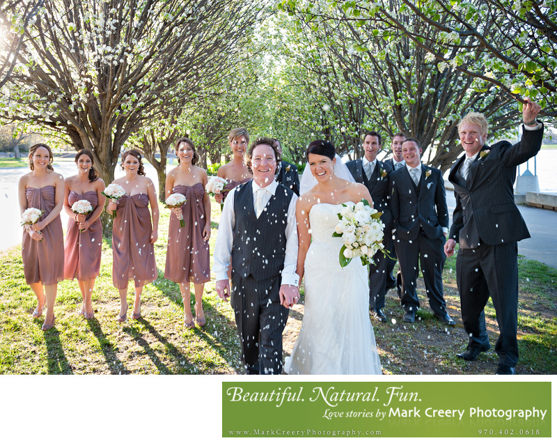 Outdoor Spring wedding photos Colorado