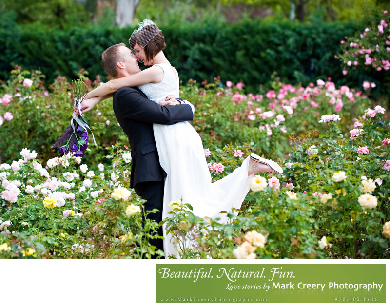 Wedding photographer for Brookside Gardens in Berthoud