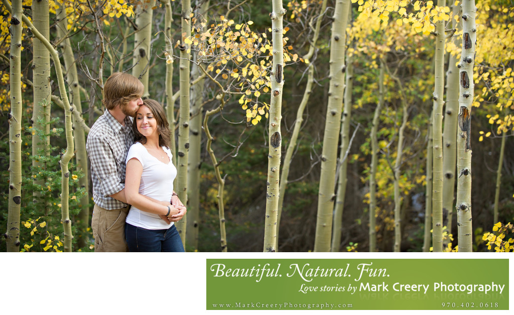 Engagement photos in the aspen trees