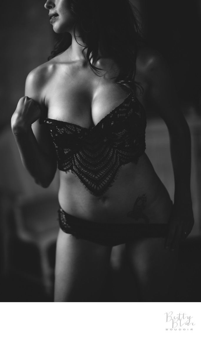 moody boudoir photography