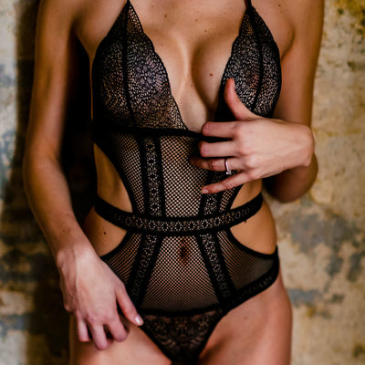 Black Mesh Lingerie Boudoir Session in Austin Texas