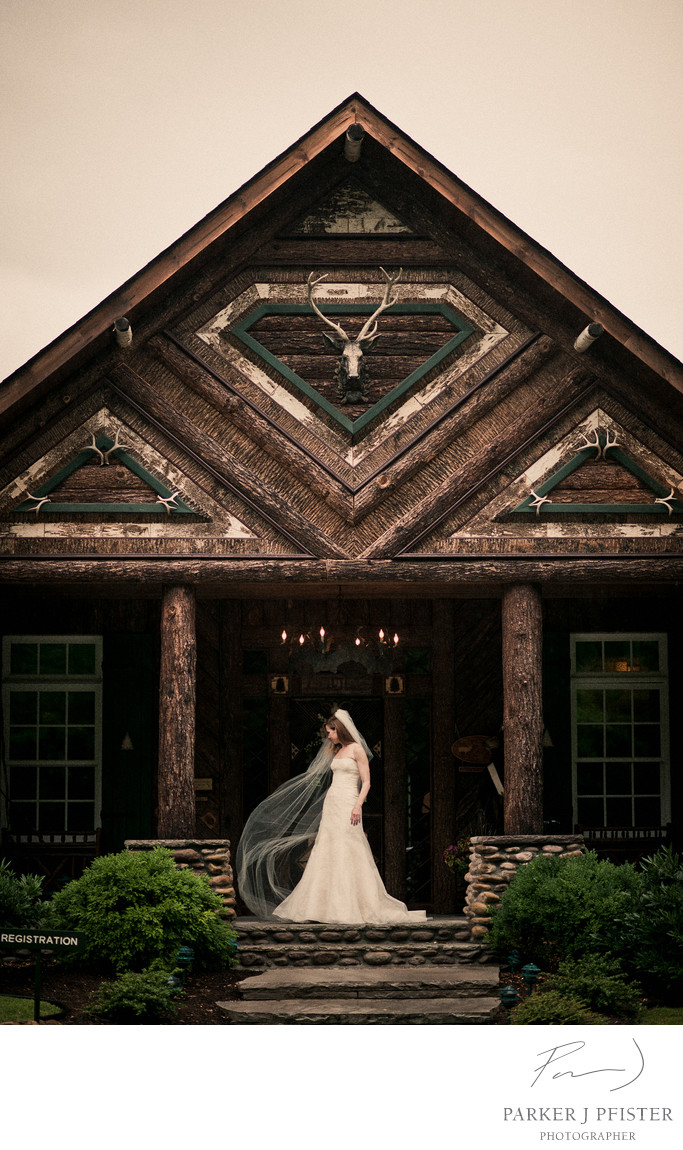 Log Cabin Wedding Photogrph