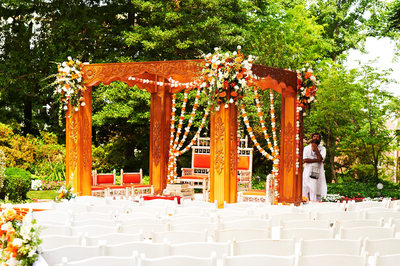 One of A Kind Mandap
