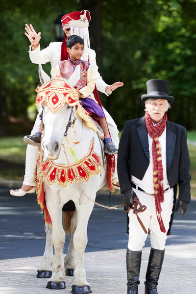 The Baraat Harmon's Carriage's Style