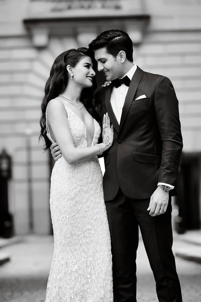 Bride and Groom in Black & White at Andrew Mellon Auditorium in DC