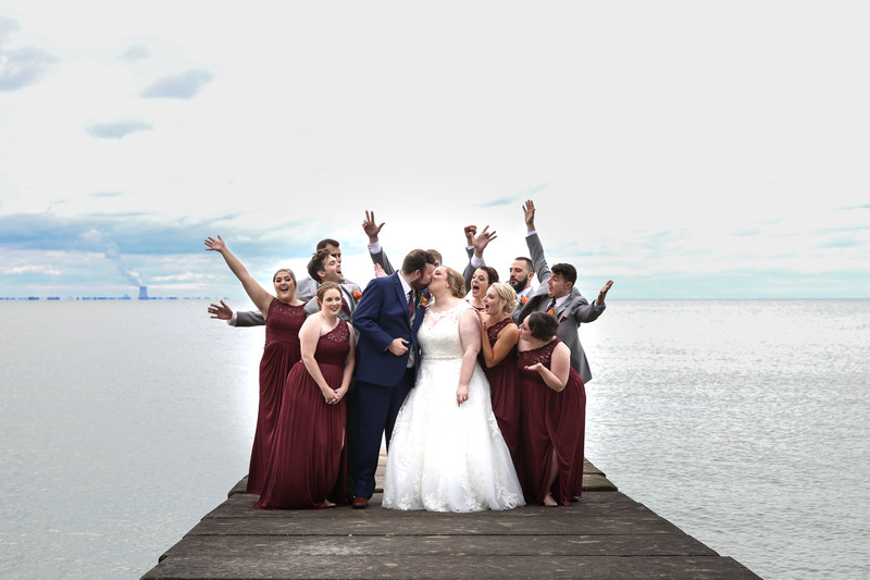 bridal party at Catawba Island Club wedding