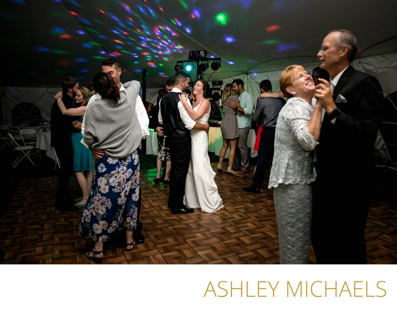 Wedding Photojournalism: Dancefloor