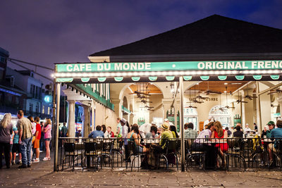 Engagement Photography at Cafe du Monde in NoLa
