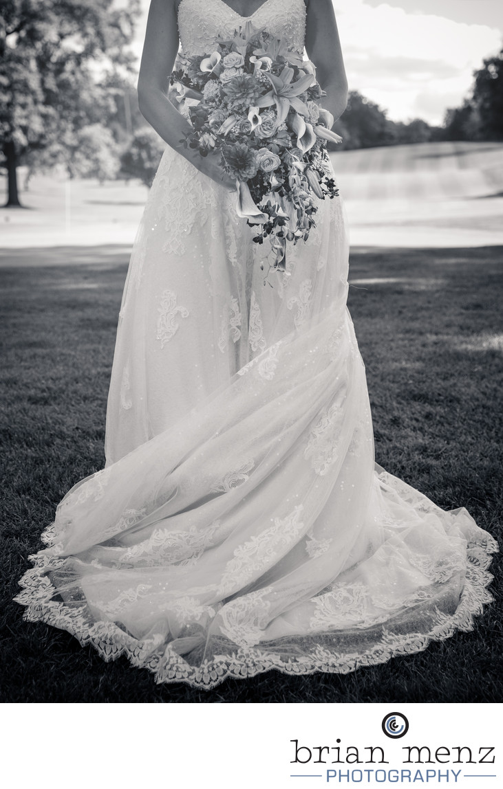 bride-wedding-day-dress-flowers - Wedding Photographer Serving ...