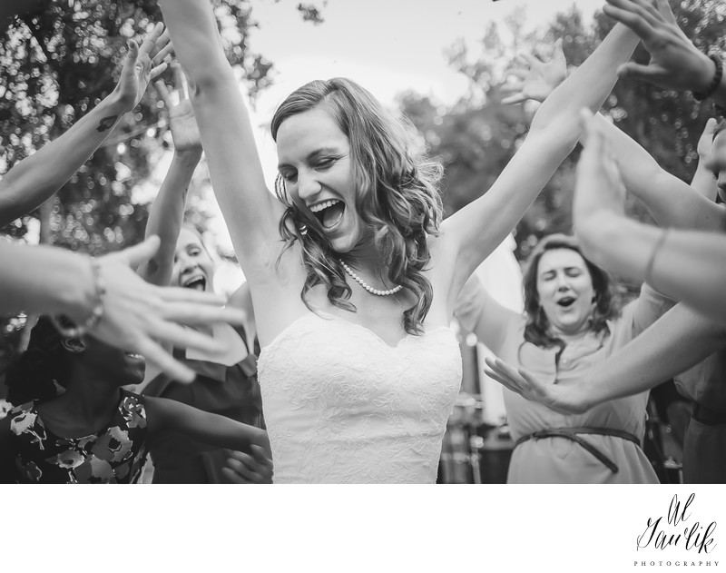 Texas Wedding Happiness Personified!