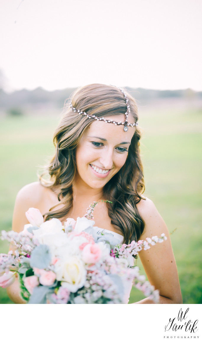 Texas Wedding Beautiful Bride lovely flowers
