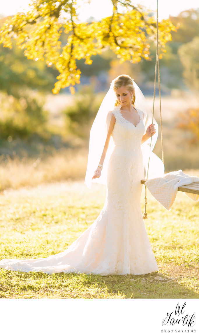Texas Wedding Photographer Uses Light and Limbs