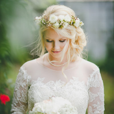 Lovely Bride, Lovely Light