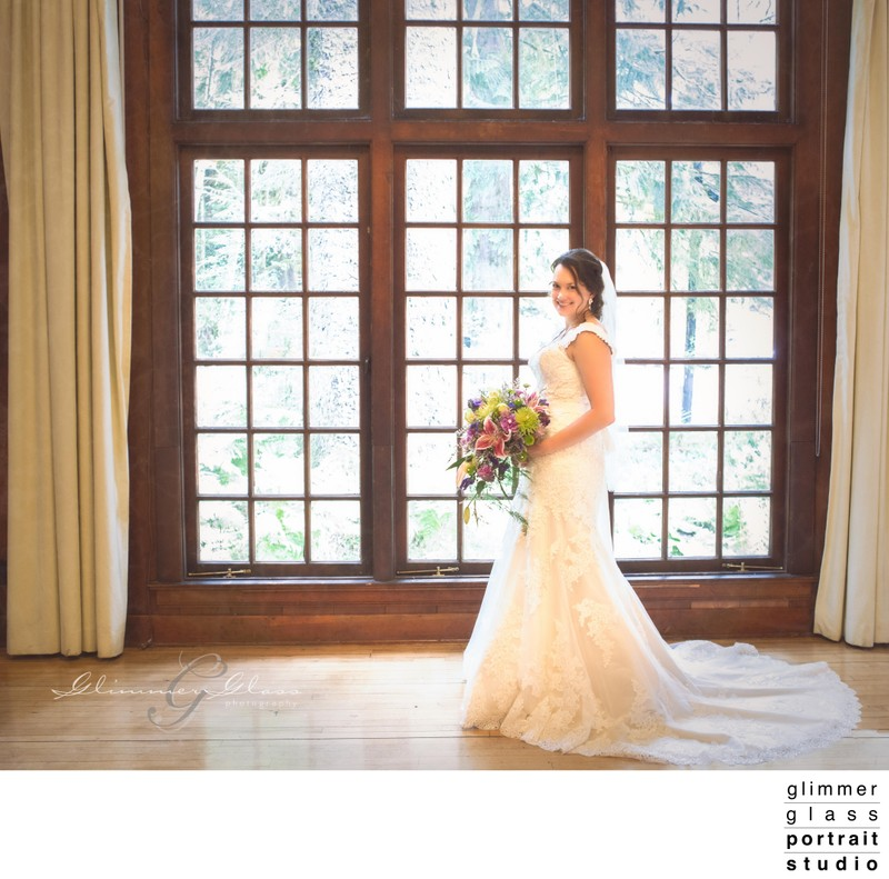 Bridal Portrait Lake Quinault Lodge