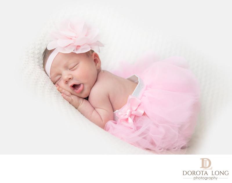 Newborn baby photographer danbury ridgefield bethel