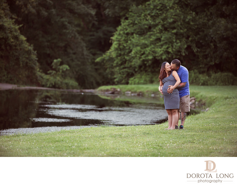 Newborn and maternity photographer in Danbury  CT