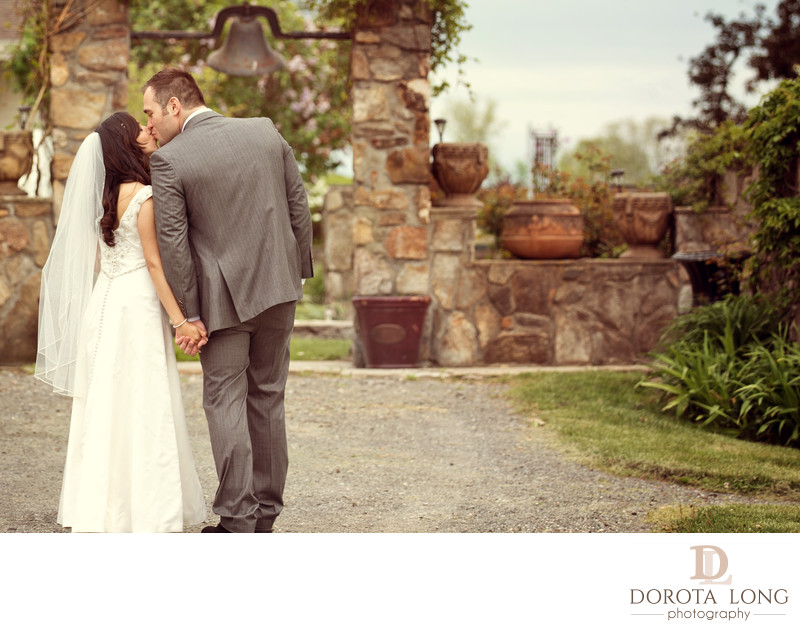 rustic wedding couple photographer candlelight farms