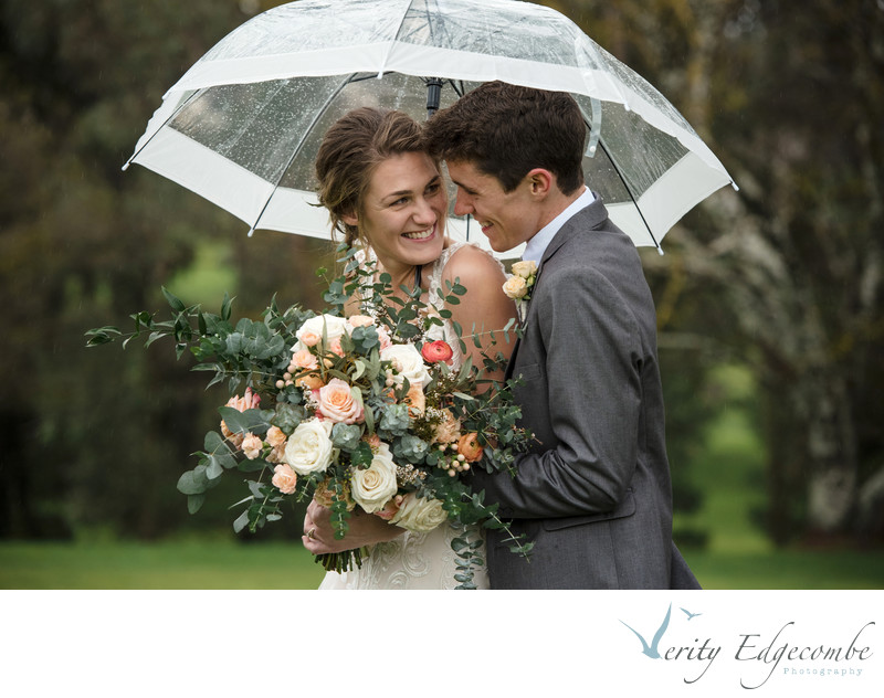 Tips For Having A Fabulous Rainy Wedding Day