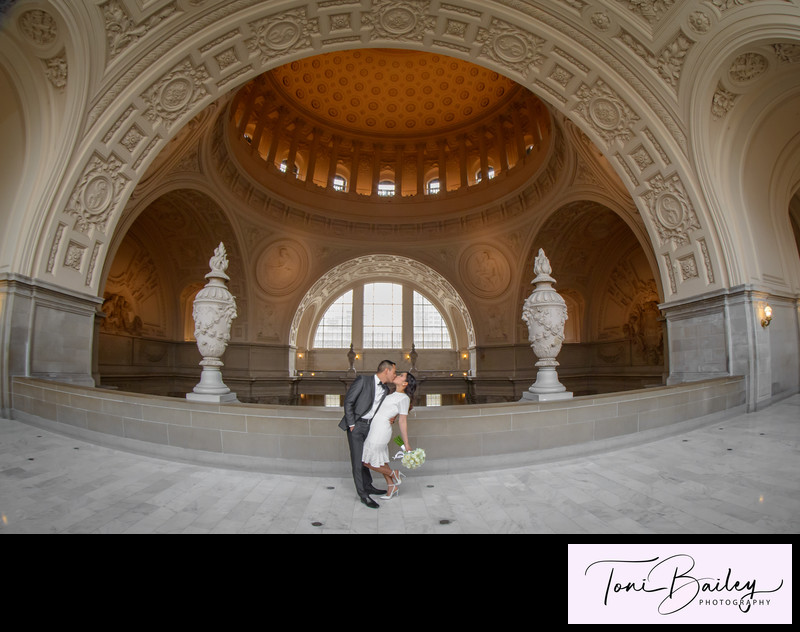 San Francisco City Hall Wedding Photographer 110