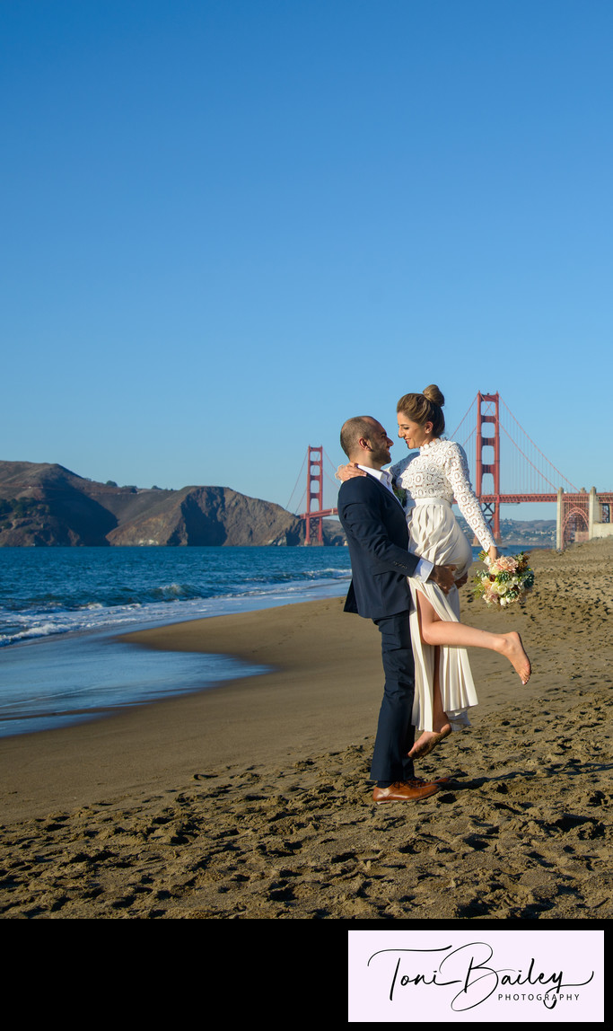 Baker Beach golden gate sunset wedding photo