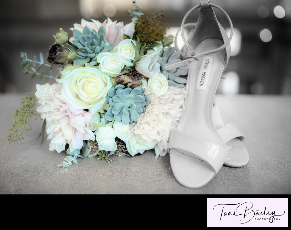 flower and shoe effects wedding photo