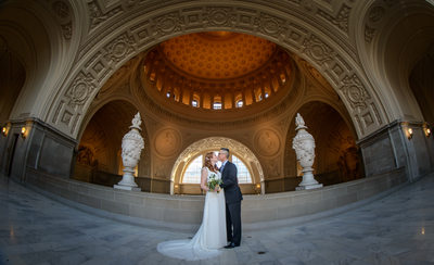 san-francisco-city-hall-wedding-photographer-amazing