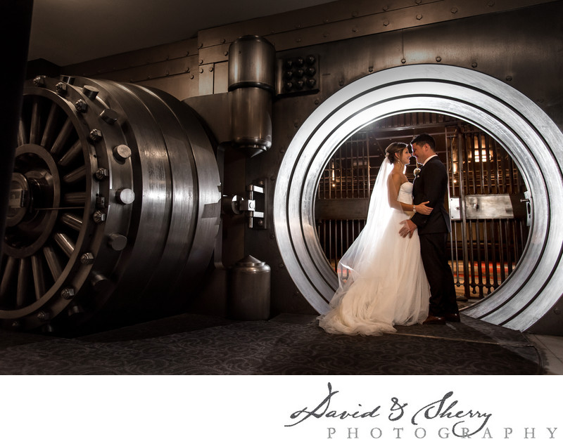 Bank Vault at One King West Wedding