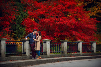 Fall Stanley Park Pre-Wedding Engagement Photos