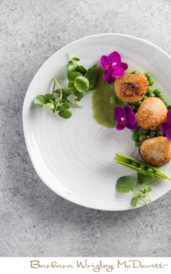 Pan Seared Scallops with Tarragon Pea Sauce