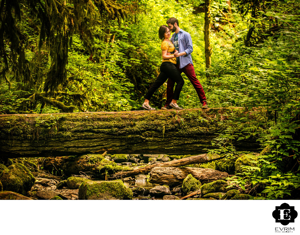 Outdoor Portland Engagement Picture